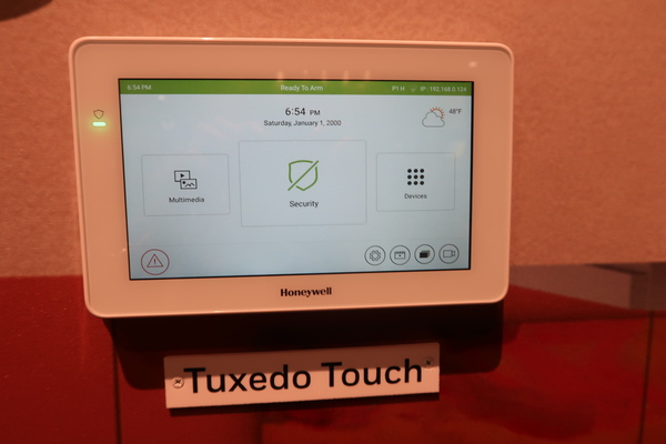 Isc West 2019 Updated Tuxedo Touch And 6290 Keypad