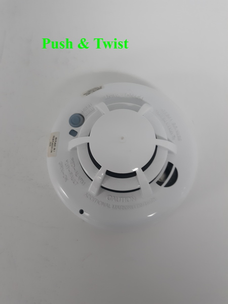 How Do I Replace The Battery On A 2gig Smkt3 345 Smoke Detector
